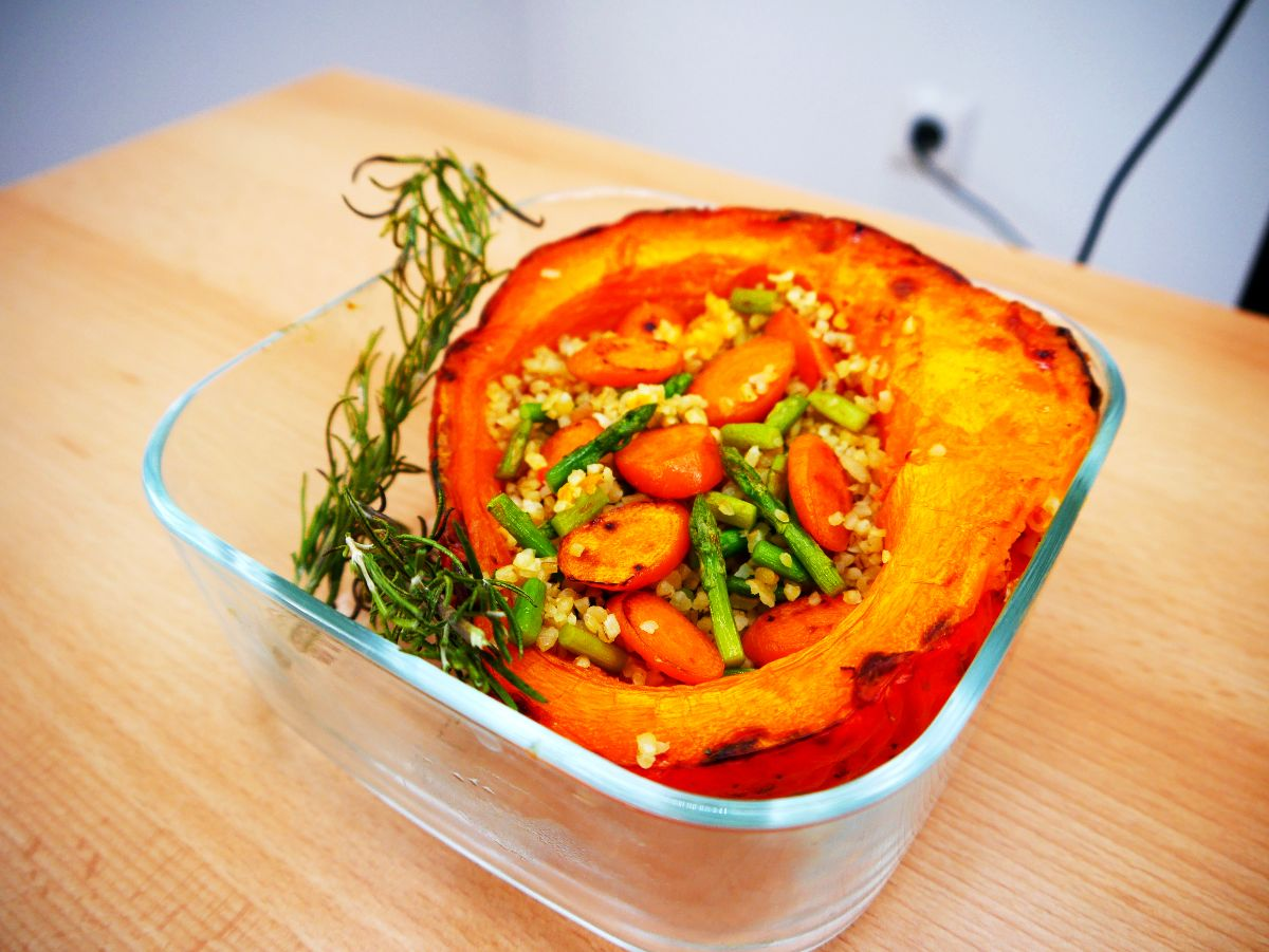 Pumpkin stuffed with bulgar